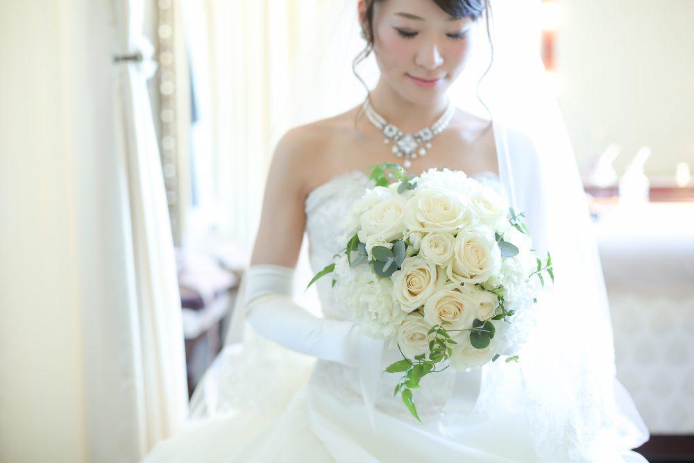 冬 結婚式 ドレス 新婦