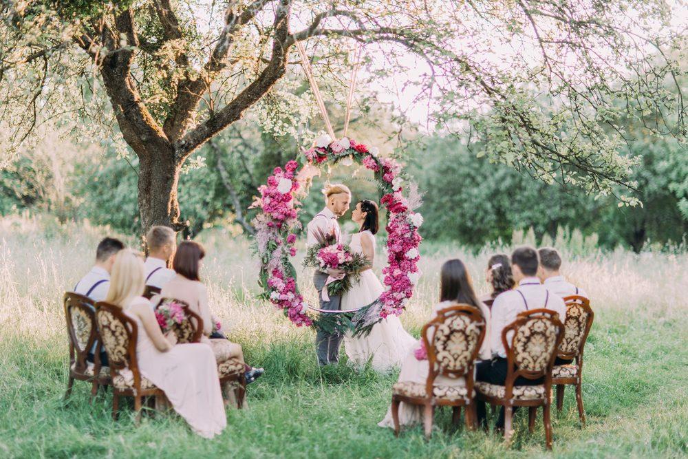 結婚式 髪型 ゲスト