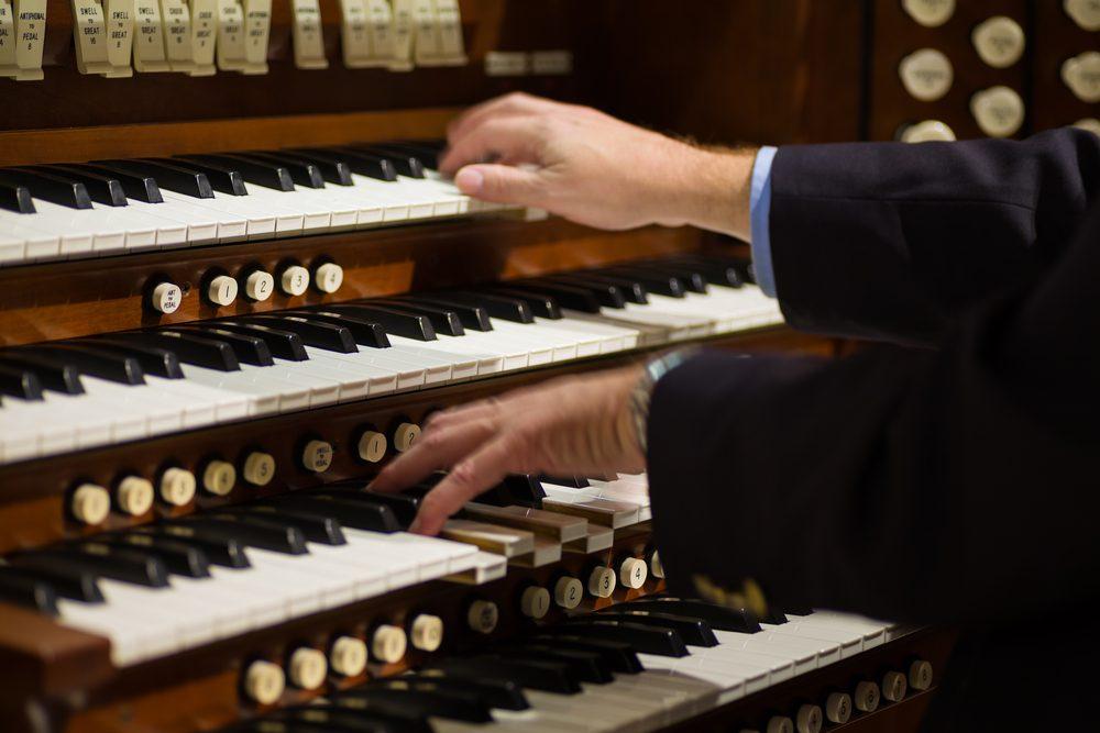 パイプオルガンの演奏